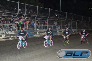 mhm 17 bike race action